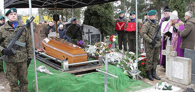"""Pożegnaliśmy Zdzisława Olszewskiego. """"Pozostaniesz w naszych sercach i pamięci"""""""