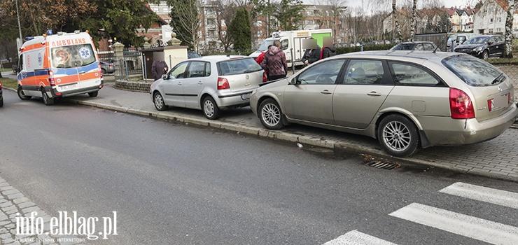 Żeromskiego: Kolizja dwóch aut przed przejściem dla pieszych