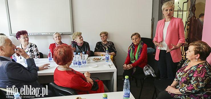 """Urszula Pasławska spotkała się z elblążanami. """"W PE będę szukać sojuszników do załatwienia spraw naszego regionu"""""""
