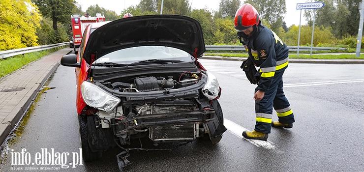 Zdarzenie na ulicy Radomskiej. 29-letni kierowca wjechał w barierki