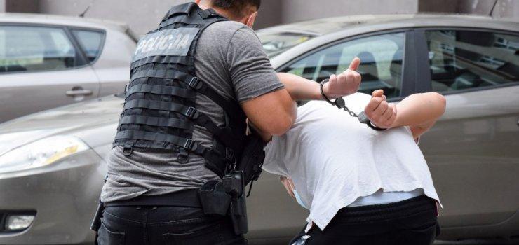 Policjanci z drogówki zatrzymali włamywacza