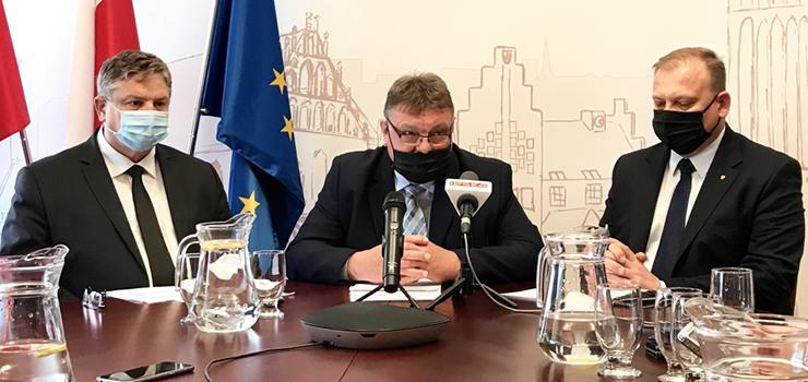 Elbląg: Miasto nie wypłaci stypendiów studentom medycyny. Wojewoda unieważnił uchwałę