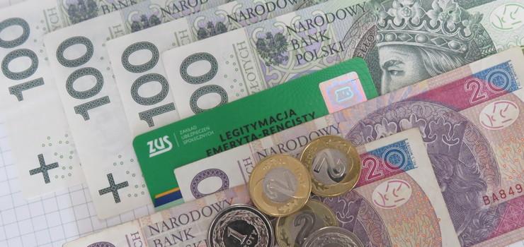 Od września wcześniejsi emeryci i renciści będą mogli dorobić mniej o nawet 230 zł