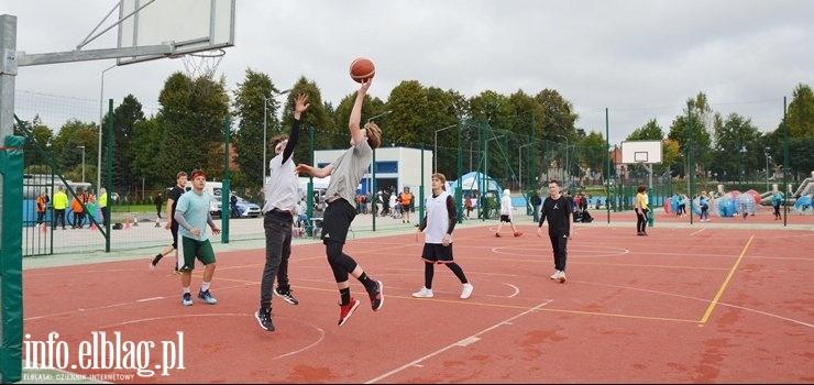 Narodowy Dzień Sportu w Elblągu - dla wszystkich bez względu na wiek (zobacz zdjęcia)